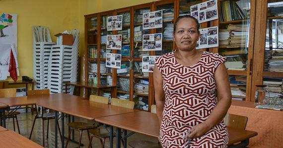 Pour Mary Legallant, l'une des solutions serait que les Mauriciens parrainent les petits.