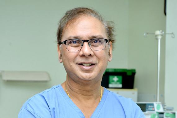 Le Dr Praveen Ramdaursingh tire la sonnette d'alarme sur la baisse du taux de fertilité à Maurice.