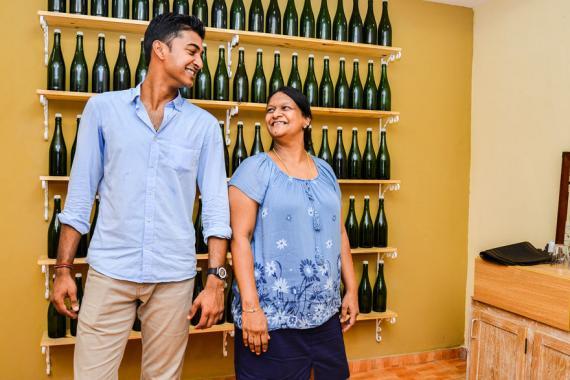 La mère et le fils, un duo de choc à la tête du restaurant spécialisé dans les fruits de mer et ouvert  au déjeuner comme au dîner.
