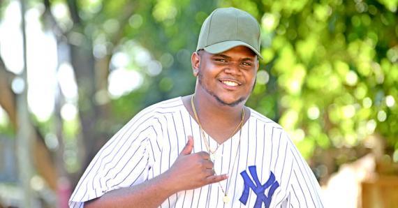 Le jeune homme veut surtout apporter de la bonne humeur aux Mauriciens.