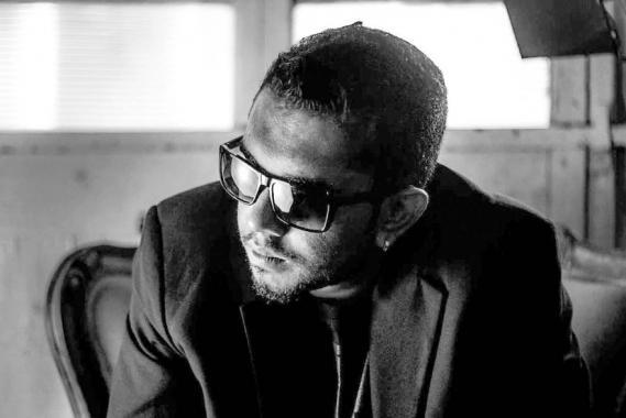 Evans Ramasawmy et son équipe ont monté deux clips musicaux populaires en simultané.