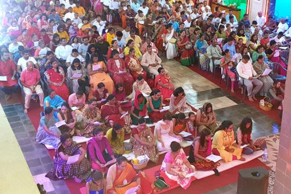 Environ 10 000 dévots ont assisté aux prières dans le cadre de Divali.