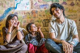 Le frère de Shahid Kapoor, Ishaan Khatter et Malavika Mohanan sont les protagonistes du film.