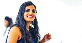 Elle partage sa passion pour la cuisine sur son blog.