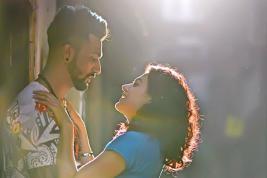 Vicky Kaushal, Taapsee Pannu et Abhishek Bachchan tiraillés par l'amour.