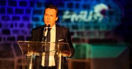 Benoît Cornu, directeur de communication du PMU, s'adressant à l'assistance lors du lancement.
