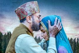 Alia Bhatt s'associe  à Vicky Kaushal  dans ce film.