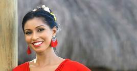Entre des spectacles dans les hôtels et les cours qu'elle donne, la chanteuse vit sa passion à fond.
