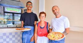 Avec Kevin et sa maman Maria en cuisine, l'ambiance milanaise est assurée.