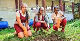 Tanhushree Neeloo, Keisha Pabaraoo et Nashini Ramye ont mis les mains… à la boue.