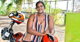 Chica Salvara, maman de six enfants, ne regrette pas d'avoir choisi de faire ce métier.