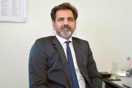 Le Dr Balbir Verma, senior consultant Minimallly Invasive Urology & kidney transport.