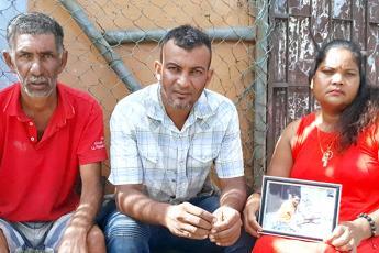 Gérard, Jerry et Sunita digèrent très mal la libération du meurtrier de Kevin.