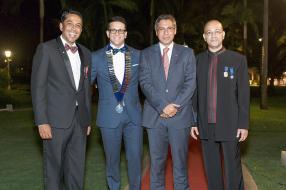 Sidharth Sharma, Managing Director de Rose-Hill Transport, Mithilesh Lallah, Chairman de Mauritius Round Table 1, le ministre du Tourisme Xavier-Luc Duval et Pravin Ramburn, ancien président de Mauritius Round Table 3.