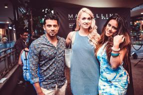 Shyan Ramdeenee, Chandre Meiring, et Anastasia Duval, des invités de la soirée.