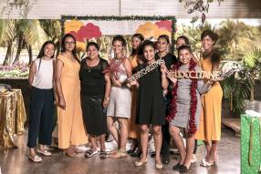 L'équipe de L'Occitane Maurice : Veronique, Nishat, Pricilla, Virginie, Anielle, Reisha, Kovila, Cynthia, Anu et Pamela.