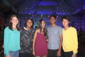 Lucie Lagesse, Shania Mungur, Raanya Pillay, Ravish Ramdenee et Bruce Ah Chin.