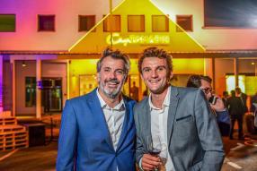Georges Talbotier, CEO du groupe Trimetys, et Quentin Szarzewski, directeur du centre multisports Riverland.