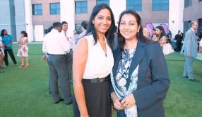 Yakshi Nagawa et Faheema Korumtollee, toutes deux diététiciennes à la Fortis Clinique Darné.