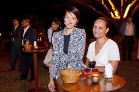 Stephanie Wong, employée de Super Construction, et Pascaline Lincoln, employée de Terra.