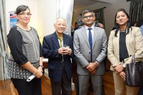 Aisha Timol, Chief Executive de la Mauritius Bankers Association, le Professeur Donald  Ah-Chuen de l'ABC Group, Sridhar Nagarajam, CEO de Standard Chartered, et Shamima Mallam-Hassan, Senior Director du Board of Investment (BOI).