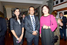 Trishilla Koolwont, Investment Executive du BOI, Nitin Pandea, Managing Director de l'United Docks Ltd, et Helene Ah-Pong, United Kingdom Trade and Investment Officer.