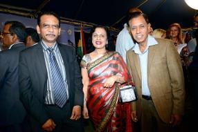 Dev Beekharry, Senior Advisor au Prime Minister's Office, la speaker Maya Hanoomanjee et son époux Jugdish Hanoomanjee.