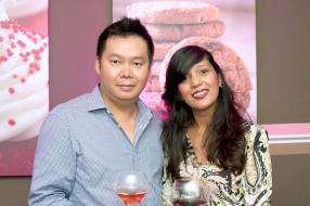Tasha Wong en compagnie d'Edouard Li.