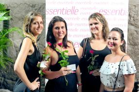 Emilia Régnaud, Pauline et Olivia Charoux, et Christel de la Lande, de fidèles lectrices du magazine essentielle.