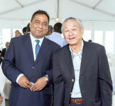 Kiran Juwaheer, Managing Director de Vivo Energy Mauritius Ltd, et Vincent Ah Chuen, Managing Director d'ABC Group of Companies.
