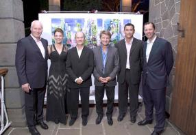 Jaimie McMullan de Sotheby's International Realty, United Kingdom, Diane Watkins, Director de MSIR, Thierry Rey, Managing Director d'Espral et MSIR, Gilbert Espitalier Noël, Chief Executive Officer d'ENL Property,  Timo Geldenhuys, Director de MSIR, et Olivier Beumer, Regional Director de SIR.
