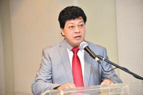 Areff Salauroo, président de la MAHRP, prononçant son discours de bienvenue.