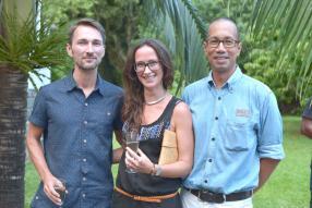 Frank Valat, un invité, Karine Valat, directrice artistique en free-lance et collaboratrice chez Eruption, et Michel Cundasamy, membre du board du CAEC.