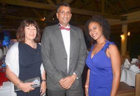 Andrée Keraupran, secrétaire, Rocky Babooa, Past President, et Nathalie Appasamy, responsable, tous du Rotary Club d'Albion.
