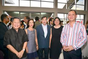 Kee Chong Li Kwong Wing, directeur de Mitco, son épouse Elizabeth,  Lee Meng How Onsiong, vice-président de la Chinese Business Chamber, Su Lin Ong, Director Advisory de KPMG, et Eric Venpin, Managing Director de The Lins Consulting Limited.