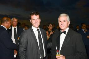 Bertrand Casteres, CEO de la Mauritius Union, et Gaetan Wiéhé, sacré LPM Rookie of the year.