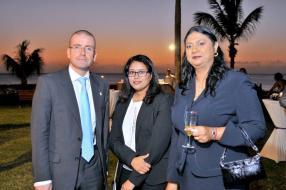Krishnee Appadoo de la Faculty of Law de l'University of Mauritius, et Reshmee Kalleeka, Programme Coordinator du Business Administration Diploma Programme, Mauritius, Saskatchewan Polytechnic.