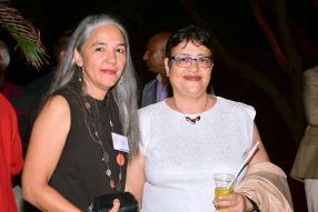 Nadine Benoît, Head of Paper and Consumables chez EO, et Christine Gopaul, secrétaire chez Rey & Lenferna Ltd.