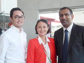 Gregory Carosin, Group Communications Manager chez ABC Group, Sharon Ah Chong, Head of Sales chez ABC Autotech Ltd, et Nitish Gungabissoon, Sales Manager chez ABC Motors.