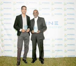 Gilles Celestin, ICT Project Leader, et Veerapen (Gassen) Pillay, Office Attendant de la compagnie Médine.
