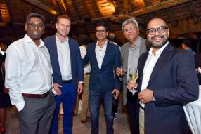 Vassan Caleemootoo, Head of GBM à la HSBC, Mark Van Beninghen de CIM Financial Services,Dinesh et Ashock Tulsidas, tous deux de Jetha Tulsidas, et Daniel Essoo, CEO de la Mauritius Bankers Association.