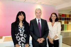 Shakila Cassam-Mariette, responsable Marketing et Communication de Mauvilac, Antoine Delaporte, homme d'affaires, et Silke Sannassee, Head of Retail de Mauvilac.