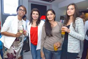 Sandrine Lafleur, Corporate Banking à la Barclays, Aarti Rajarai, Personal Assistant à la Barclays, Dorina Vydelingum, enseignante au collège Royal de Port-Louis, et Roma Rajarai, étudiante.