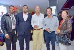 Vishal Seeboruth, Marketing Executive à la Barclays, Vishuene Vydelingum, Director of Corporate Banking à la Barclays, Viraj Koonja de Kidz Company Ltd, et Gérard et Georgette Yan d'Astral Sport.