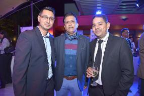 Vishal Beegun, Relationship Manager, Barclays Bank Mauritius Limited, Manoj Ujoodha, consultant dans l'aviation, et Kevin Boodhoo, Executive Director chez Cilaos Publicity Ltd.