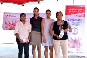 Bintee Domah, Rebecca Marianne, Vanessa Bansropun et Marie Christine Bancilhon, toutes de TOTAL Mauritius.
