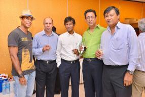 Abhinesh Dussain, Kamlesh Ramdenee, Panna Jhugroo, Chic Fulena et Alain Apave.