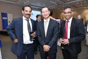 P.K Kuriachen, Officer in Charge et CEO de la Financial Services Commission, Jean Claude Liong, Senior Partner chez KPMG, et Yousuf Ismael, CEO de Global Finance Mauritius.
