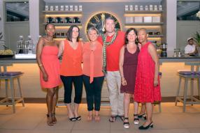Armelle Deloumeaux, Candice Feigler, Gwenaelle Griselle, Matthieu Floquet, Valérie Lamarque et Sybille Niang, tous commerciaux chez KUONI France.