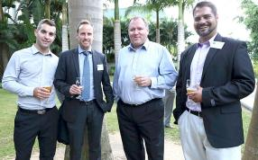 Les experts sud-africains : Jamey Pietersen, Regional Sales Manager d'Avigilon, Carlo Klopper, Managing Director de FireSpec Systems, Vno Van Der Vyver, Regional Sales Director d'Avigilon, et Pedro Isaacs, Project Manager de FireSpec Systems.